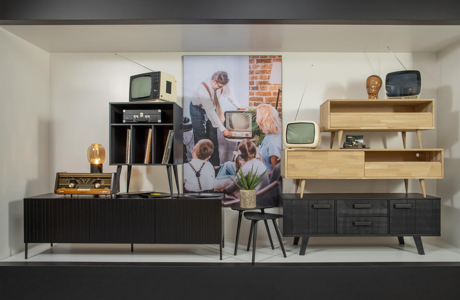 woood tygo tv m bel eiche unbehandelt retro beine. Black Bedroom Furniture Sets. Home Design Ideas